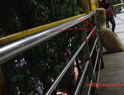INDIAN RED LIGHT DISTRICT | PROSTITUTES AT THANE STATION